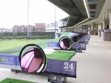 ゴルフプラザ「フォレスト」
