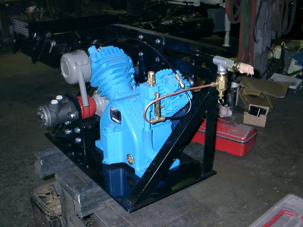 油圧駆動コンプレッサー