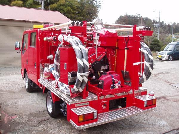 小型動力ポンプ積載車(配管付き)